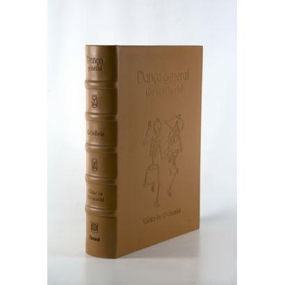 Libros y papel. Danza General de la Muerte. Códice del Escorial.