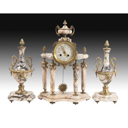Reloj de sobremesa Imperio, siglo XIX.