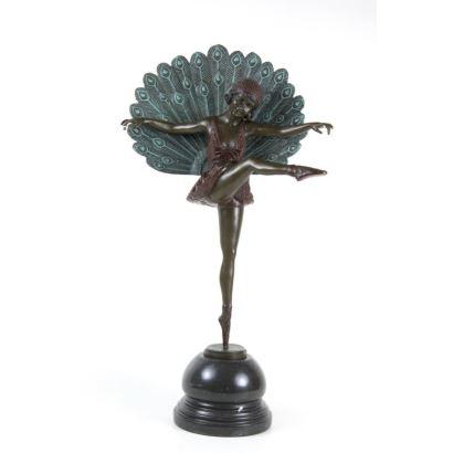 Bronze. Inspirational figure Deco.