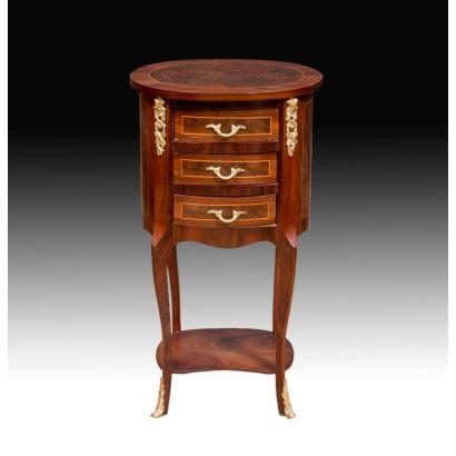 Muebles. Mesita, estilo francés, siglo XX