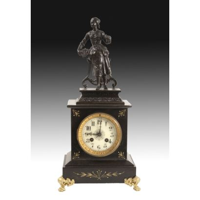 French table clock, 19th century.