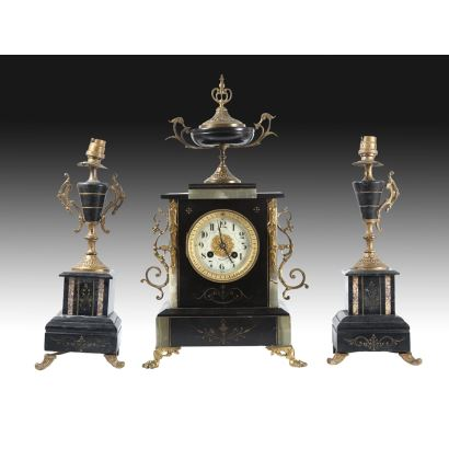 Table clock with garnish, France, S. XIX.