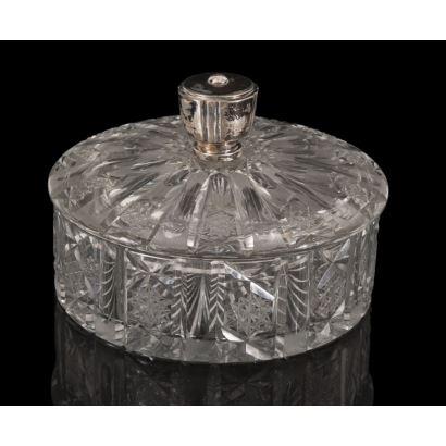 Bombonera en cristal tallado, años 50.