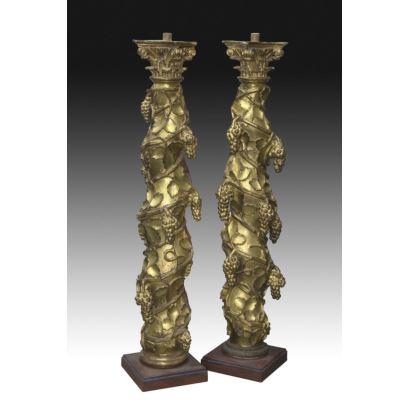 Sculpture. Pair of Solomon columns, 17th century.