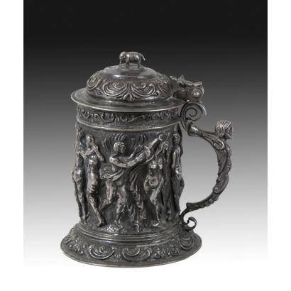 Tankard en plata, circa 1800.
