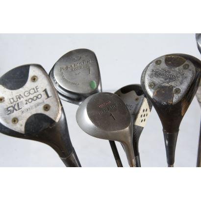 Objetos. Conjunto de 32 palos de golf, S. XX.