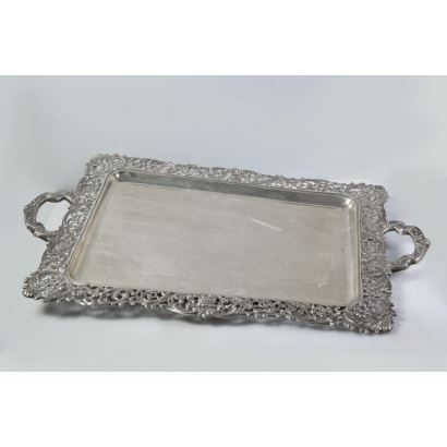 Openwork silver eave tray
