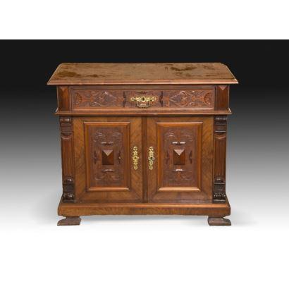 Muebles. Entredós, estilo alfonsino, S. XIX.