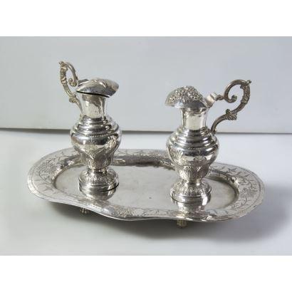 Vinajeras in Spanish silver punzonada, S. XIX.