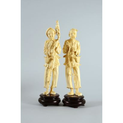 Chinese figures in ivory, pps. XX.