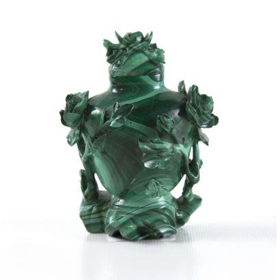 Vase in malachite, pps. XX.