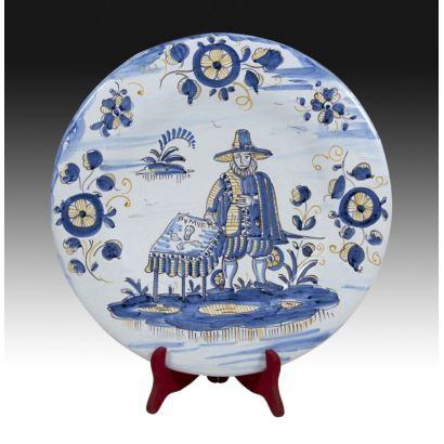 Decorative plate, Talavera, S. XX.