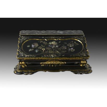 Spanish desk box, 19th century.