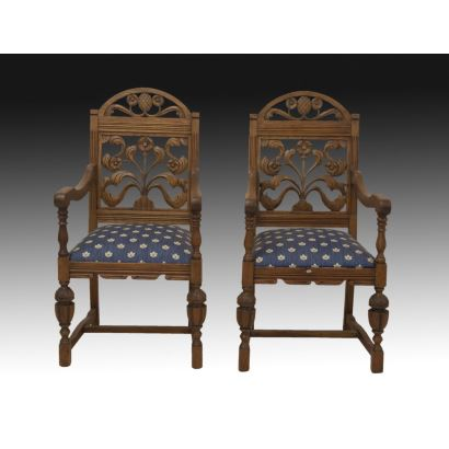 Pair of armchairs, English Renaissance style, S. XX.