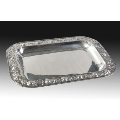 Silver tray, late s. XX.