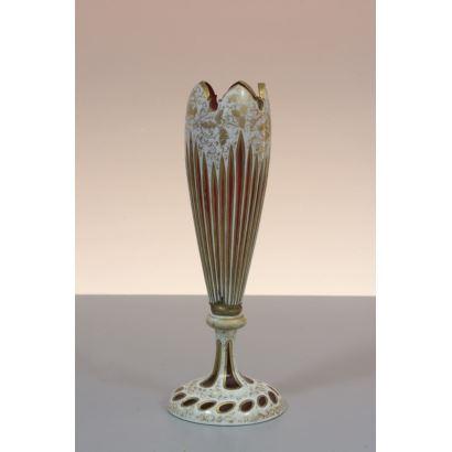 Violetero en cristal de Bohemia, siglo XIX.