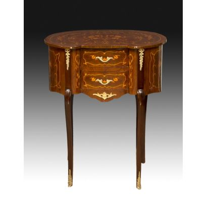 French-style kidney table, 20th century.