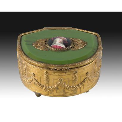 Objetos. Caja Napoleón III, S. XIX.