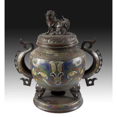 Arte Oriental. Incensario oriental, S. XIX.