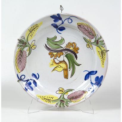 Plato en cerámica.
