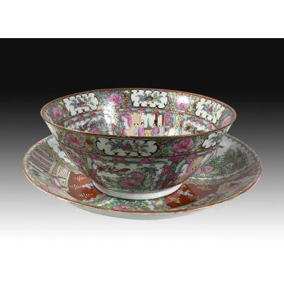 Cuenco y plato en porcelana de Macao, S. XX.