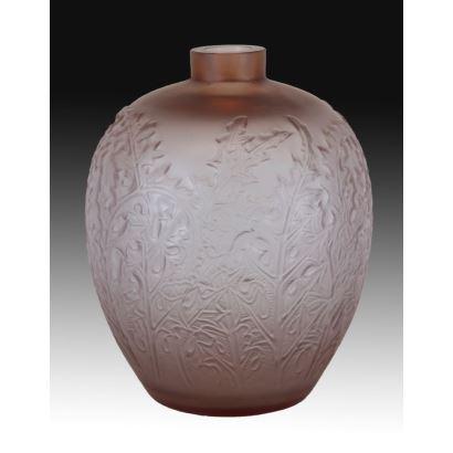 Vase Art Nouveau style.