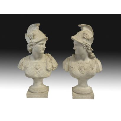 Pair of busts in neoclassical style, s. XX.