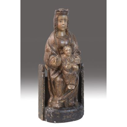"""Ancient figure in carved and polychrome wood. """"Virgin enthroned with the Child"""". Following 13th century models. Measures: 50x15cm."""