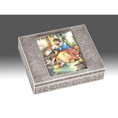Caja de plata española, siglo XIX.