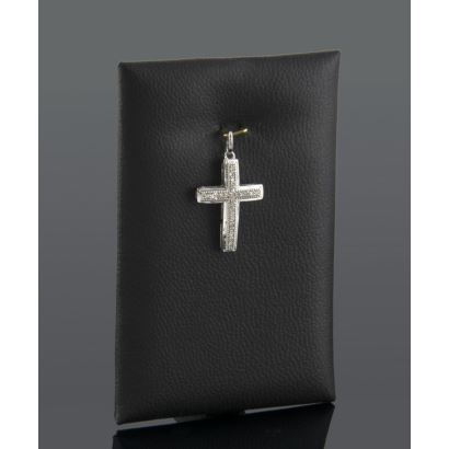 Jewelry. Cross pendant