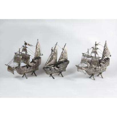 Conjunto de carabelas en plata, S. XX.