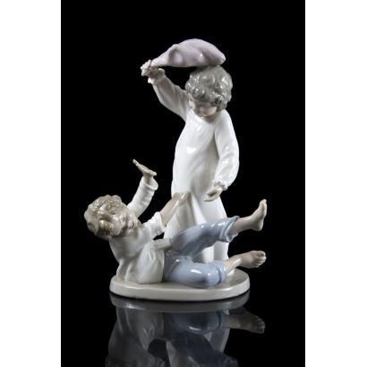 Grupo en porcelana Nao LLadró, siglo XX.
