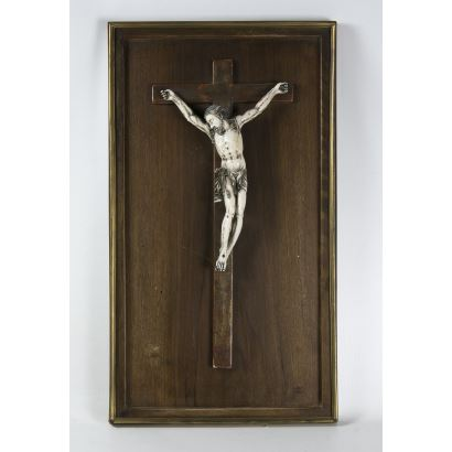 Cristo hispanofilipino en marfil, S. XIX.