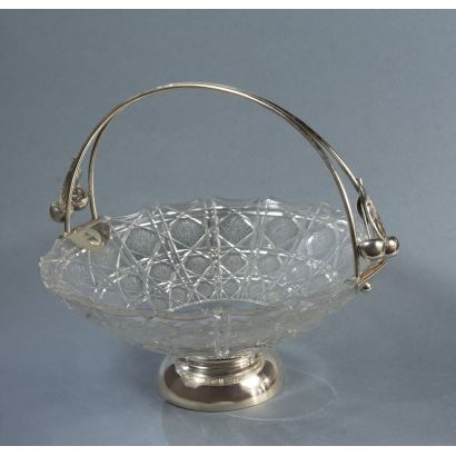 Fruit bowl in silver and crystal, S. XX.
