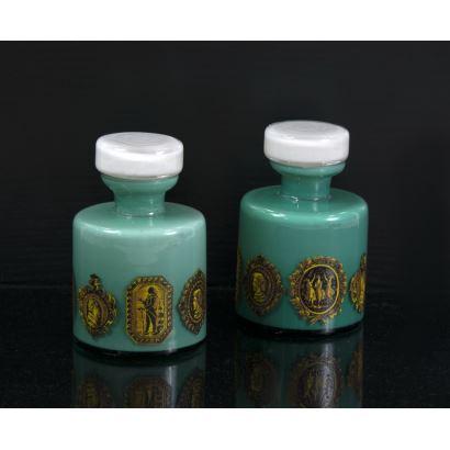 Pair of jars, 20th century.