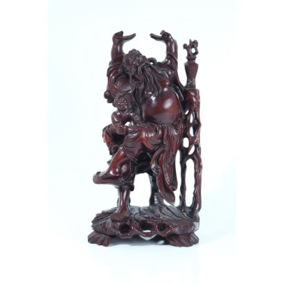 Chinese figure carved in painted wood, 50s. Elder with child. Height: 36 x 19 cm
