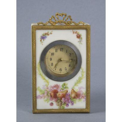 Alarm clock, ppios. S. XX.