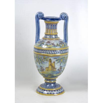 Amphora in Talavera pottery.