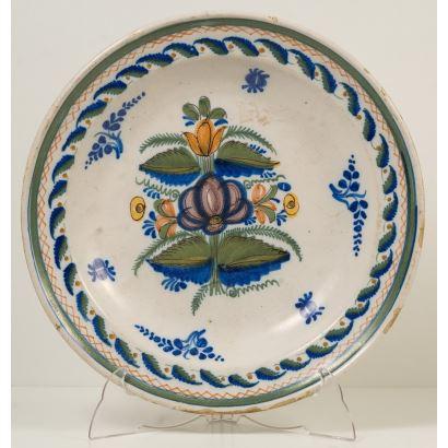 Enameled earthenware plate by Manises S. XIX.