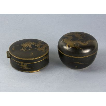 Pair of oriental boxes, end of the 19th century.