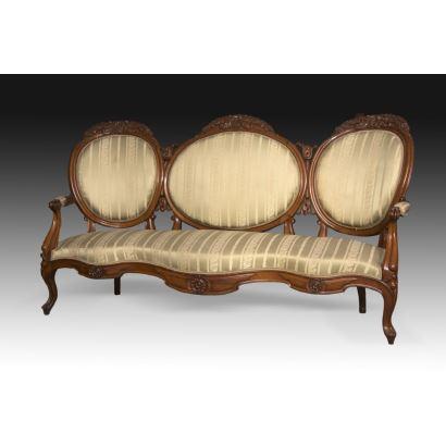 Muebles. Tresillo isabelino y pareja de butacas, siglo XIX.