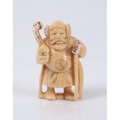 "Netsuke carved in ivory. ""Zhongli Quan."" Measures: 5x3cm."