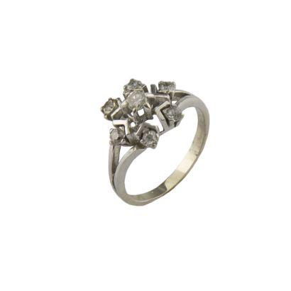 Rosette ring.