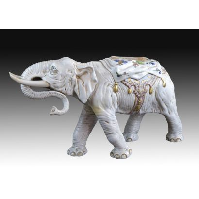 Porcelain elephant, 20th century.