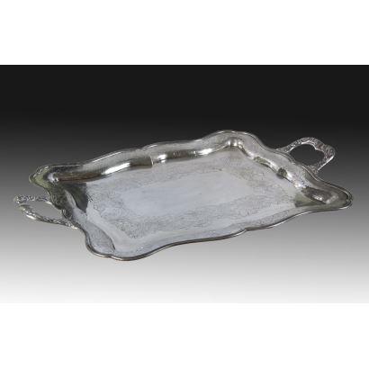 Tray in Spanish silver, S. XX.