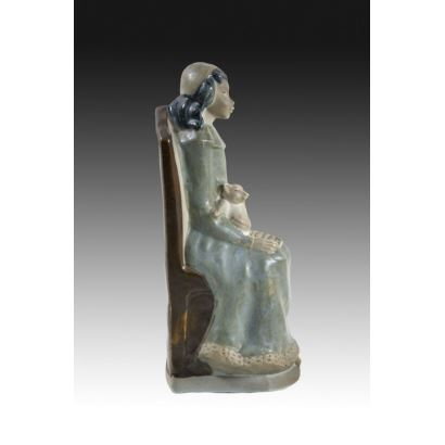 Valencian porcelain figurine, mid S. XX.