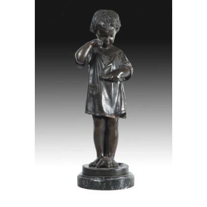Figura en bronce patinado, siglo XX.