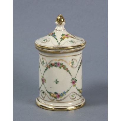 Porcelana. Bote en porcelana, ppios. S. XX.