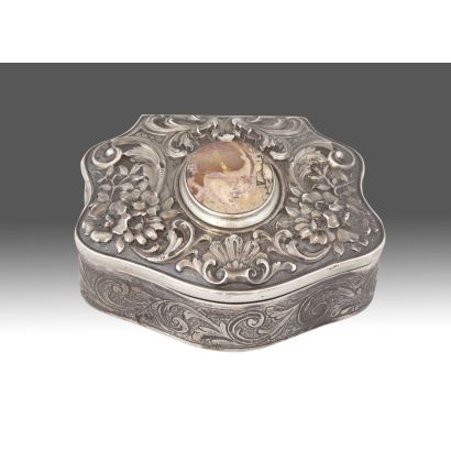 Caja de plata española, ppios. S. XX.