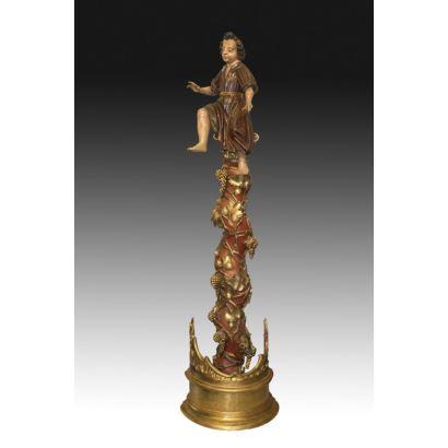 Columna salomónica con la imagen de un niño, s. XVIII.